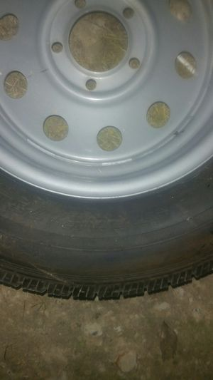 Trailer tire 205/75/15 for Sale in Manvel, TX