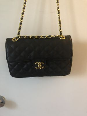 Vintage Chanel Caviar Quilted Medium Double Flap (Black) for Sale in Austin, TX