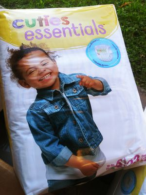 Cuties Essentials Pampers Size 6 for Sale in Miami, FL