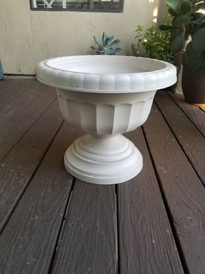 PLANT STAND 15 H X 15W. NEW for Sale in San Diego, CA