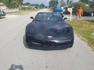 Chevy corvette convertible 2003 for Sale in Pembroke Pines, FL