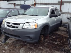Parting out 2006 Mazda Tribute for Sale in Everett, WA