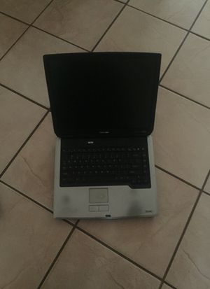 Older Toshiba satellite laptop for Sale in Lutz, FL