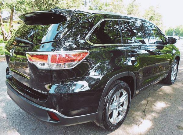 ForSaleByOwner2O15 Toyota Highlander PriceFIRM$18OO
