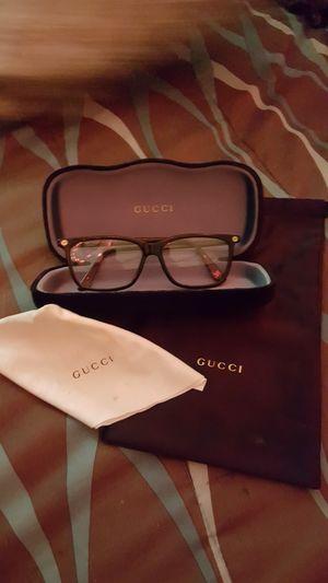 GUCCI GG00940 Rectangular eyeglasses for Sale in Bonney Lake, WA