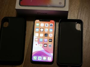 Unlocked iphone X / 10 256GB w/Case & Box for Sale in Brockton, MA