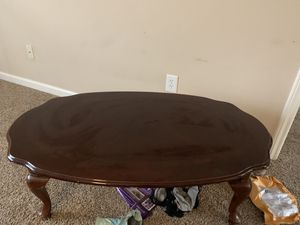 Coffee table for Sale in Willow Spring, NC