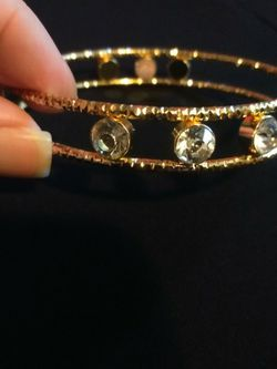 Brand New Gold Plated Arm Band Or Large Size Bangle Bracelet With 6 Large Round Clear Stone Bezel Accents for Sale in Gresham,  OR