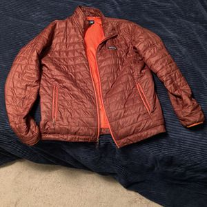 Patagonia Nano Puff size Men's Large for Sale in Lake Forest Park, WA