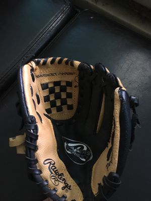 Rawlings Baseball Glove For kids(Used) for Sale in North Miami, FL