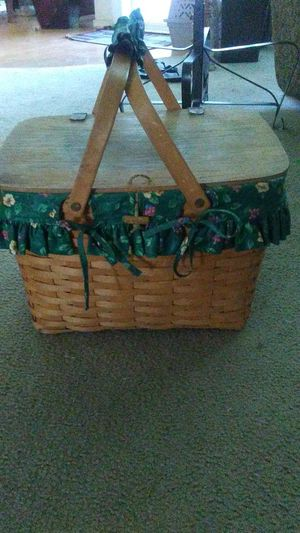 Picnic basket for Sale in Torrance, CA