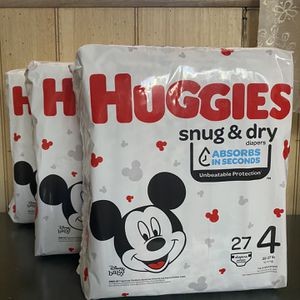 3 Huggies snug and dry size 4 diapers for Sale in Los Angeles, CA