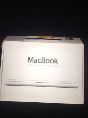 MacBook 13in Mid 2010 for Sale in Santa Ana, CA