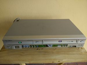 Dvd/vhs combo player..works perfect for Sale in Miami, FL