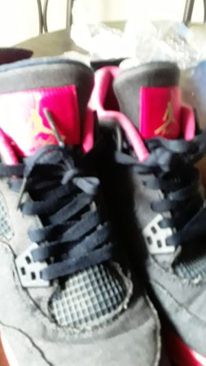 Air jordan 4 retro Demin/Pink/white for Sale in Paramount, CA