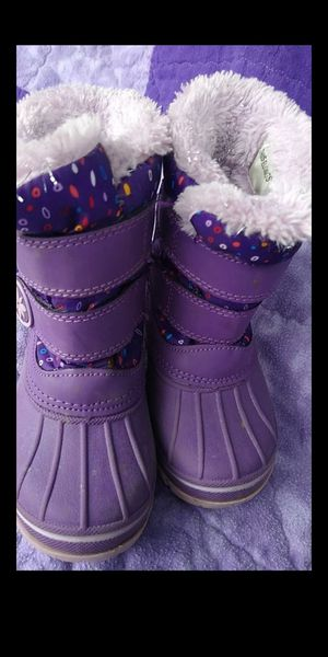 Kids girls snow /rain boots sz 7/8 brand is thermolite for Sale in Olympia, WA