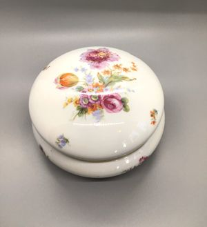 Antique Porcelain Dresser Jar for Sale in Manchester, CT