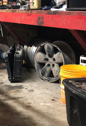 Dodge rims painted black just dusty for Sale in Franklin, TN
