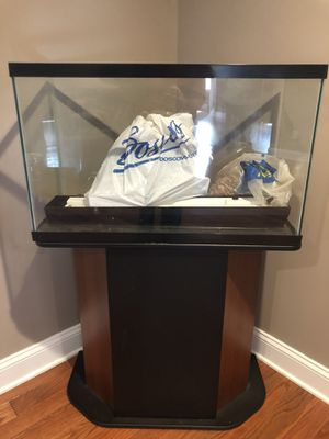 Fish tank and stand for Sale in Franklinville, NJ