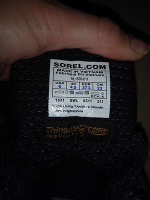 Sorel insulated black boots size 6 boys or girls for Sale in Westampton, NJ
