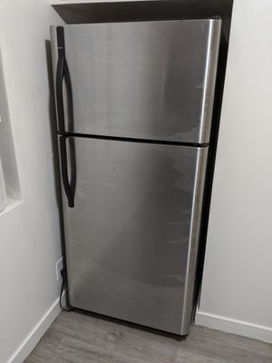 Kenmore stainless steel fride for Sale in Rosemead, CA