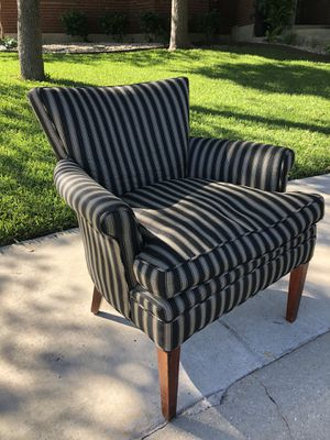 MOVING! Great chair only $40 for Sale in San Antonio, TX