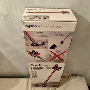 New Dyson V7 Model No. Motorhead Origin Cordless Vacuum - 282961-01. for Sale in Davie, FL