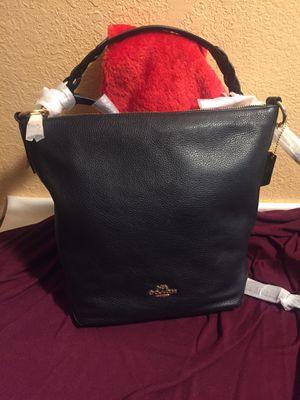 Coach purse w/crossbody strap for Sale in Reedley, CA