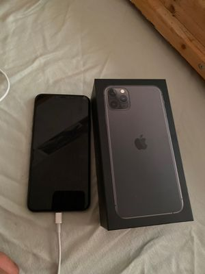 iPhone 11 Pro Max for Sale in Westminster, CA