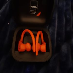 Dre. By Beats. Wireless Ear Buds Red New Only Used Once for Sale in Fremont, CA