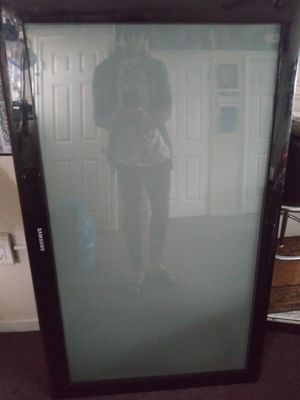 Huge Samsung Plasma TV 40+ Inches for Sale in The Bronx, NY
