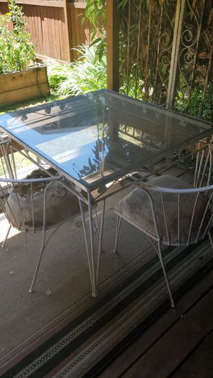 Outdoor patio furniture for Sale in Enumclaw, WA