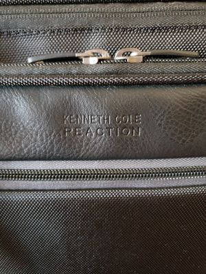 Kenneth Cole Reaction Laptop Bag for Sale in Hialeah, FL