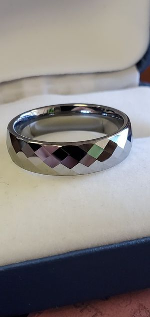 Men's Tungsten Carbide, Wedding Band, Diamond Cut, Ring size 7, 8, 9, 10 & 12 for Sale in Portland, OR