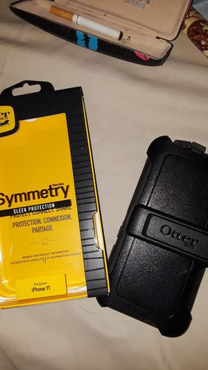 Otterbox symnetry sleek protection for iphone 11 for Sale in Wichita, KS