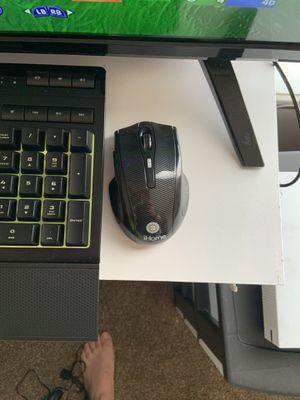 Keyboard for Sale in Trenton, MI