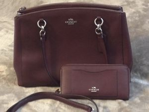 Coach bag with wallet for Sale in Avondale, AZ