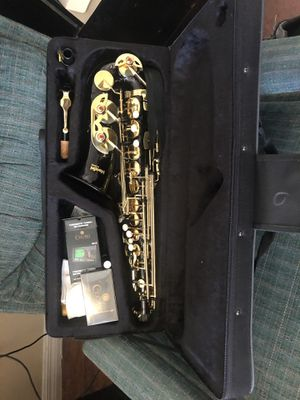 saxophone Alto for Sale in Kissimmee, FL