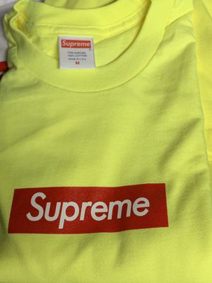 Supreme box logo tees for Sale in Los Angeles, CA