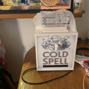 Two Bottles Booze Cooler for Sale in Graham, WA