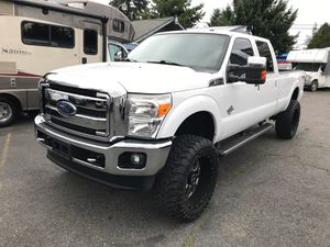2013 Ford F-350 4x4 4WD Crew cab Lariat Ultimate package Diesel Navigation Lifted! for Sale in Tacoma, WA
