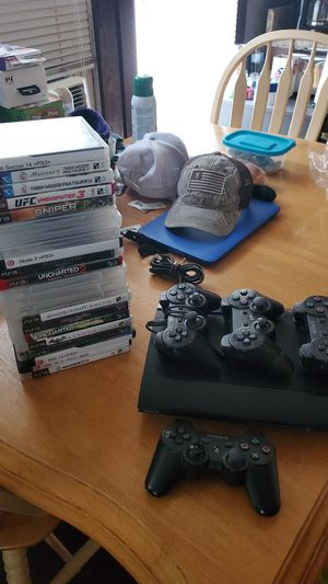 PS3 w/ 22 games and 3 controllers for Sale in Ocoee, FL