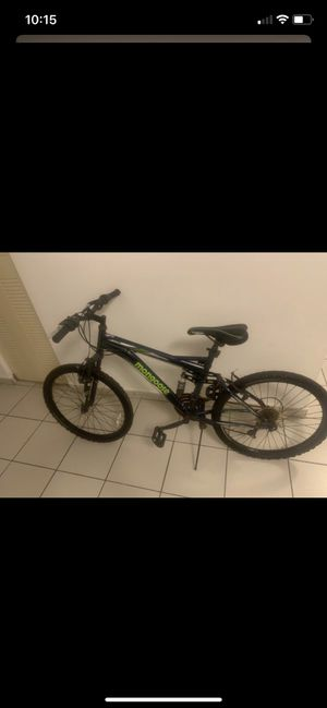 Mongoose mountain bike 24 inch 21 speed for Sale in Miami, FL