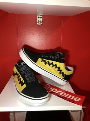 VANS X PEANUTS OLD SKOOL CHARLIE BROWN Collectible LIMITED EDITION size 6.5 men's for Sale in Dallas, TX
