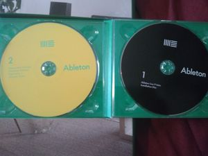 Ableton Live 9 intro RECORDING STUDIO & BEAT MAKER Like Brand new never used Works with  Mac OS x 10.5 or later Windows XP, Vista, 7 or 8 for Sale in Auburndale, FL