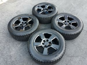 """20"""" CHEVY SILVERADO RIMS AND TIRES A/T for Sale in Fontana, CA"""
