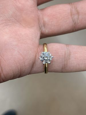 1.08 GIA Round Brilliant Diamond 18k Gold Ring for Sale in Lakewood, CO