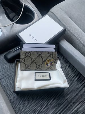 Gucci card holder wallet for Sale in Las Vegas, NV