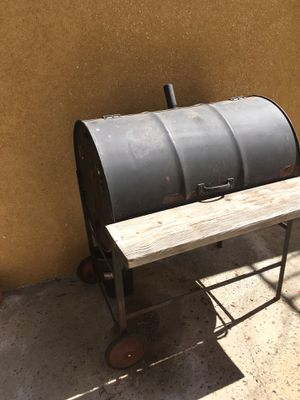 Outdoor BBQ grill for Sale in Los Angeles, CA