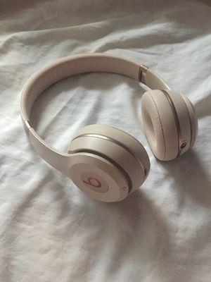 Beat wireless headphones for Sale in San Antonio, TX